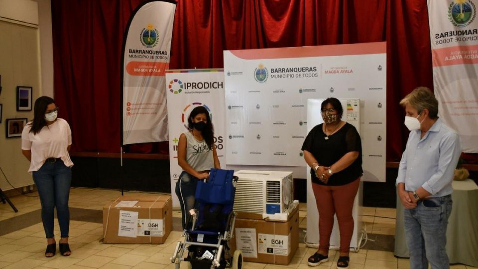 IPRODICH entregó ayudas técnicas y asistencia a personas con discapacidad de localidades chaqueñas