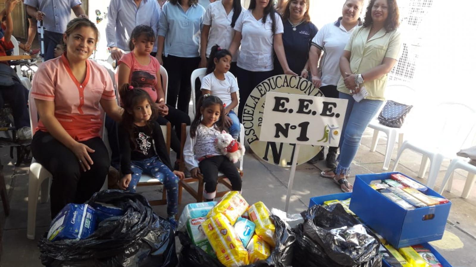 IPRODICH entrega donaciones a Escuelas Especiales